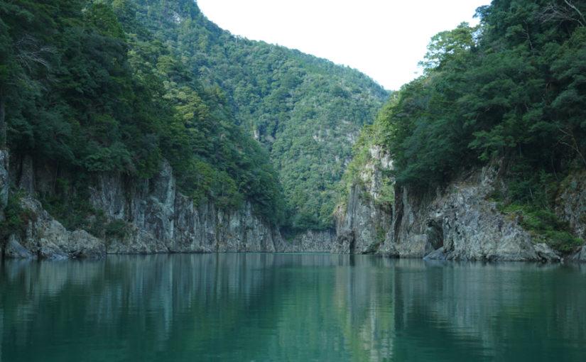 和船で巡る現在の秘境瀞峡は、ジブリの世界!